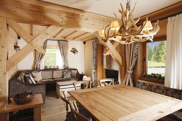Сельский деревянный дом в Италии